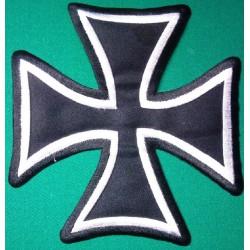 gros patch croix malte noir...