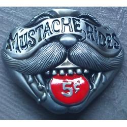 boucle de ceinture mustache...