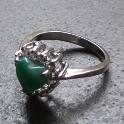 bague coeur en jade et inox...