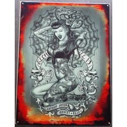 plaque pin up rockab serpent dans les cheveux 70x50cm tole deco us  tattto salon tatouage