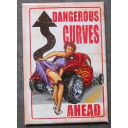 magnet 8x5.5 cm dangerous curves pin up et hot rod  à flammes deco cuisine bar diner loft frigo