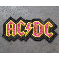 patch groupe hard rock acdc noir jaune rose 8x5x4 cm  écusson  thermocollant  veste chemise