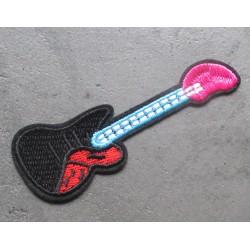 patch en forme de guitare rock roll  9.5x3 cm  écusson  thermocollant  veste chemise