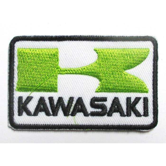 petit patch kawasaki vert et blanc rectangulaire 6.5x4 cm  écusson  thermocollant  veste chemise