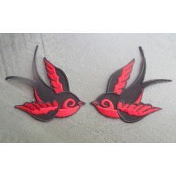 paire de patch hirondelle rouge et noir new school ideal pin up rockabilly