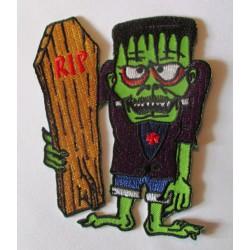 patch monstre vert et planche de surf cercueil 10x8 cm écusson veste blouson rock roll