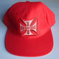 casquette west coast choppers rouge logo croix malte centre