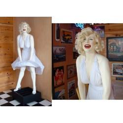 statue géante marilyn monroe et ventilateur taille réel