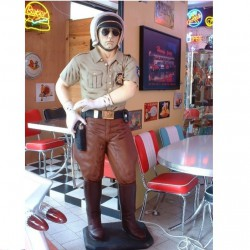 statue géante flic americain taillle réel deco bar diner usa