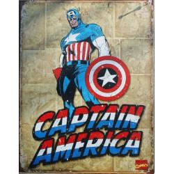 plaque super hero captain america debout sur fond beige usa
