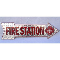 plaque fleche pompier fire station tole deco alu strié pub