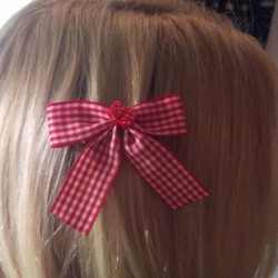 barrette cheveux vichy rouge blanc dé  pin up rockabilly
