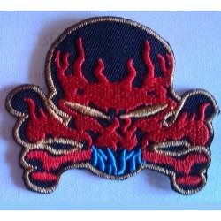 patch crane rouge flammes ecusson thermocollant biker rock