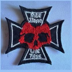 patch croix de malte et crane ride free live free ecusson