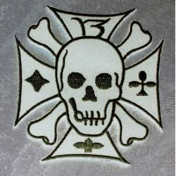 patch crane sur une croix de malte blanc ecusson rock roll