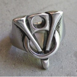bague V8 logo moteur 10us fan voiture americaine chevaliere homme