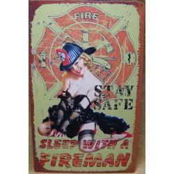 plaque pompier et pin up avec logo hot sexy tole deco caserne