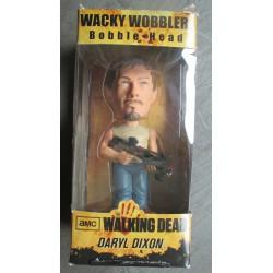 figurine walking dead daryl dixon avec son arbalete 17cm bobble head statuette funko