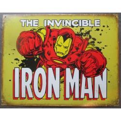 plaque super hero irn man en gros plan qui passe a travers un mur tole affiche