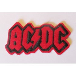petit patch groupe hard rock acdcd logor rouge 7x3.5 cm  écusson  thermocollant  veste chemise