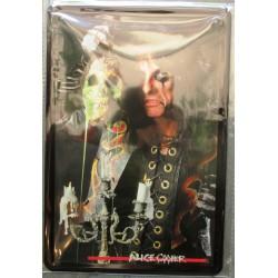 plaque groupe  alice cooper qui tient un crane hard rock roll musique tole publicitaire metal pub fan artiste